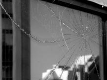 Cracked laminated unit